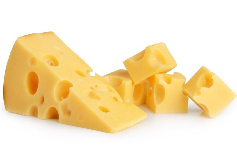 Czemu ser żółty ma dziury?