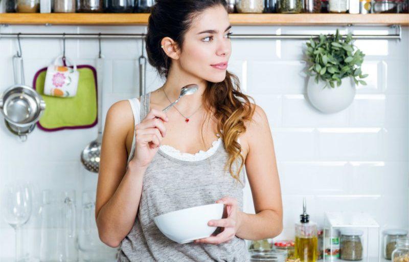 10 łatwych nawyków żywieniowych, o których warto pamiętać w nowym roku