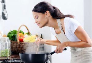 Jak wykorzystać wodę po ziemniakach?