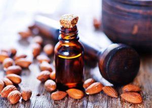 Jak stosować olejek migdałowy?